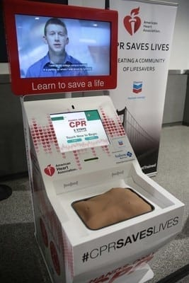 oakland international airport cpr kiosk
