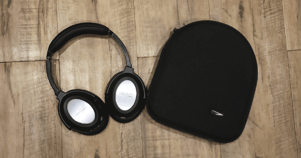 solitude headphones review business travel life