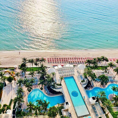 Diplomat Beach Resort Review Mixing